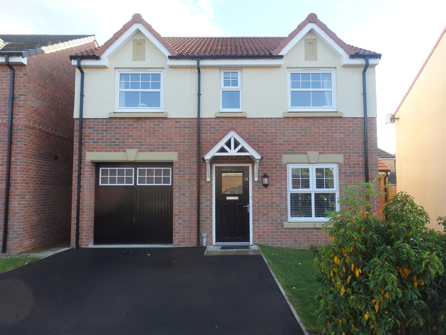 4 Bedrooms Detached House for sale in Abbey Green, Spennymoor